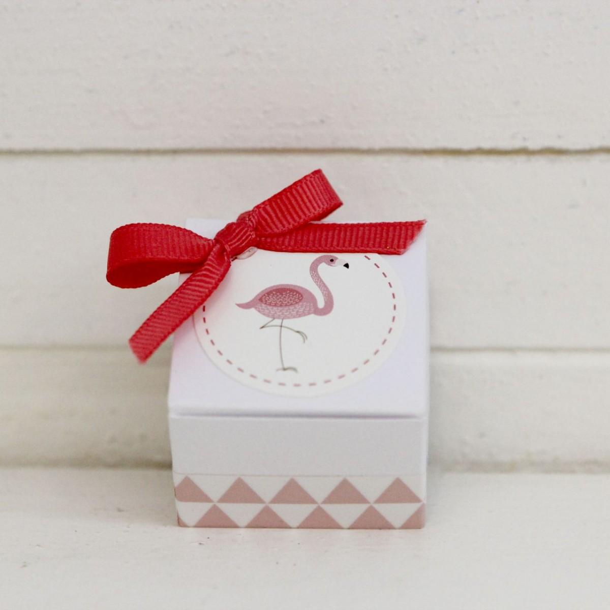 Boite en carton flamant rose les p tites f es - Boite en carton decoree ...