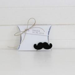 Etui carton Moustache