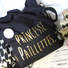 "Tote bag""Princesse à Paillettes"" + badge personnalisé"