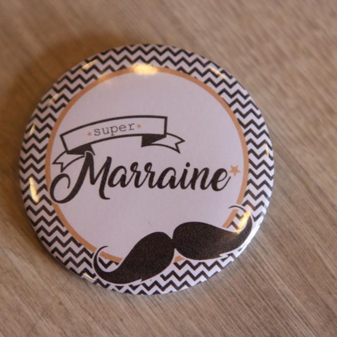 Super Marraine moustache