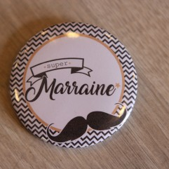 Super Marraine moustache