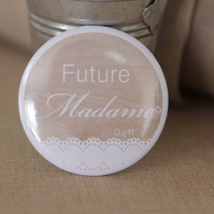 Badge EVJF Future madame bois personnalisable