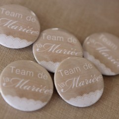 Lot de 5 Badges 37mm Team de la mariée (bois)