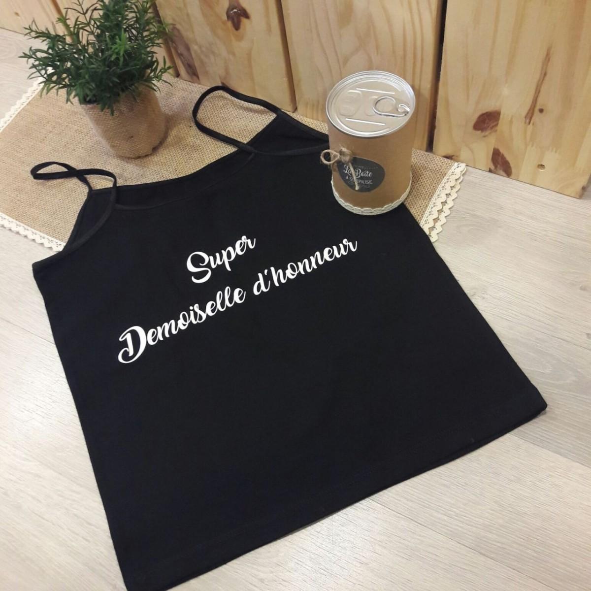 boite surprise super demoiselle d 39 honneur caraco en tissu id e cadeau. Black Bedroom Furniture Sets. Home Design Ideas
