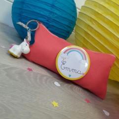 Pochette Personnalisable licorne arc en ciel