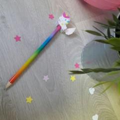 Crayon Licorne Arc en ciel
