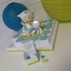 Plateau 16 boites à dragées fleurs Turquoise + bébé