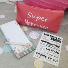 Pochette + carnet + aimant + carte Super Maîtresse (plage)
