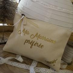 """Trousse beige """"Ma Marraine préférée"""""""