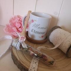 Coffret Mug + bouton de rose