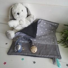 Doudou bavouillon et son attache sucette Artisanal étoile grise